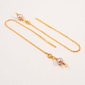 Kolczyki przekładane – łańcuszek z perłą