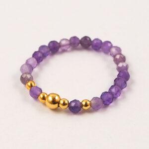 Pierścionek z kamieni – fioletowe