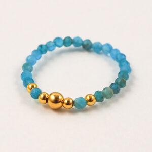 Pierścionek z kamieni – niebieskie